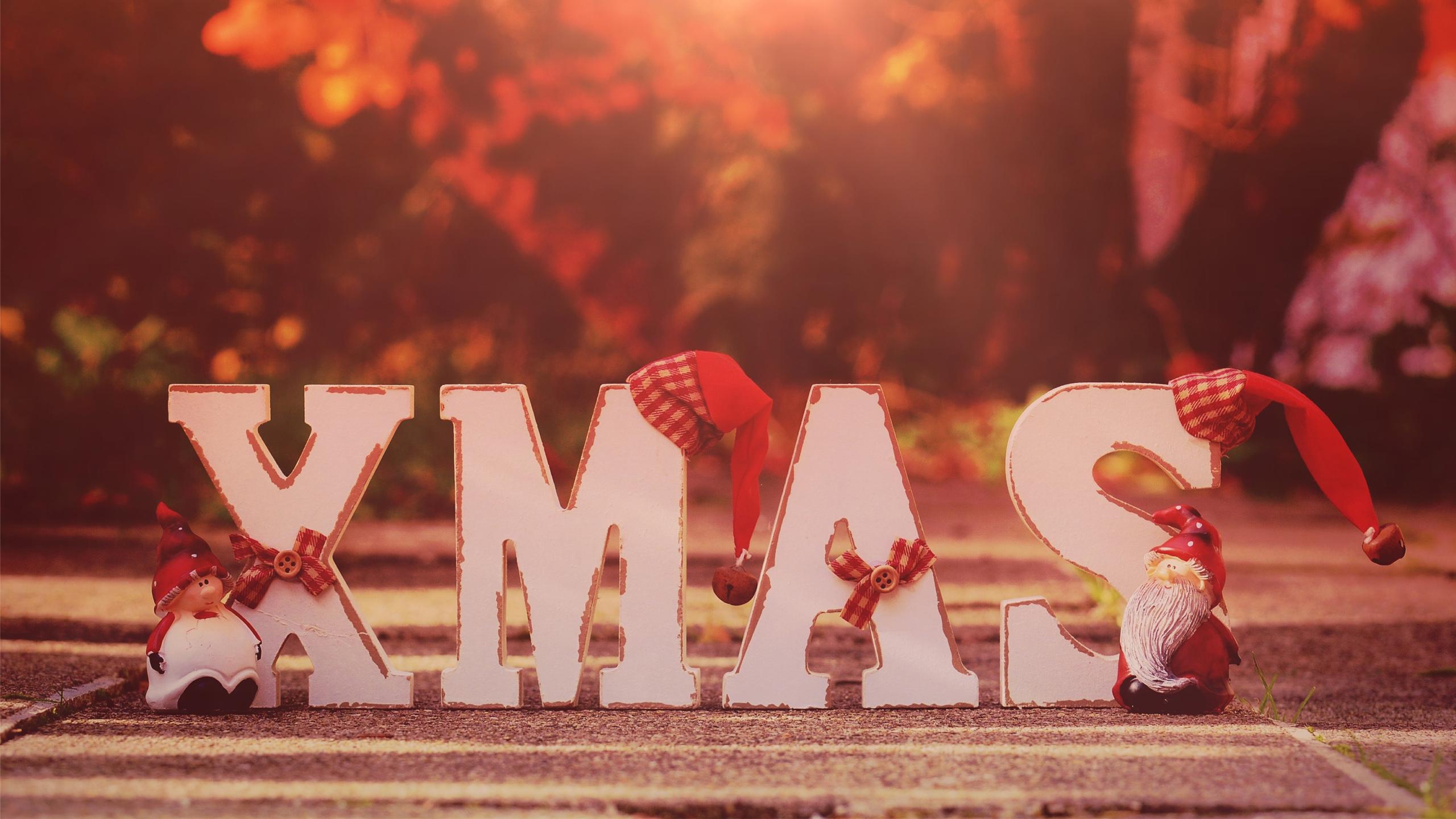 xmas-2560x1440-santa-hats-hd-3991