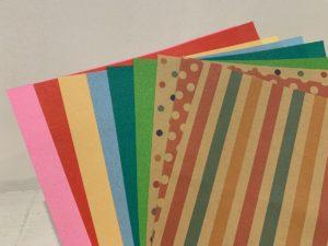 キッズルームにある折り紙
