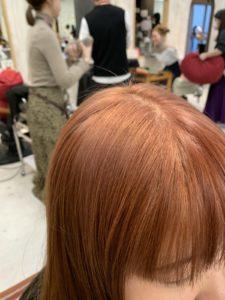ブリーチにマンダリンオレンジのヘアカラー(トップ)