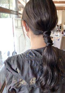 ロングスタイルの簡単まとめ髪